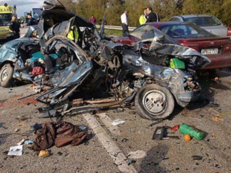 Κρήτη: Ένας νεκρός και μία ολόκληρη οικογένεια τραυματισμένη σε τροχαίο | Newsit.gr