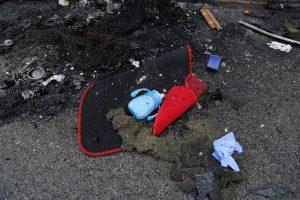 Τροχαίο Αθηνών – Λαμίας: Οι πρώτες στιγμές του τραγικού πατέρα μετά το δυστύχημα [vid]