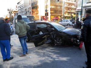 Τροχαίο στην Συγγρού με 6 τραυματίες – Συγκλονιστικές εικόνες [pics, vid]