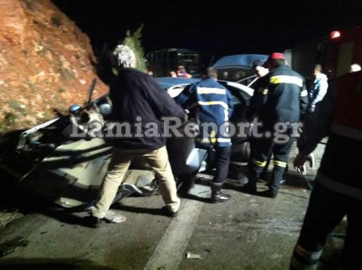 Μετωπική θανάτου στη Λιβαδειά – 32χρονη ξεψύχησε στην άσφαλτο | Newsit.gr