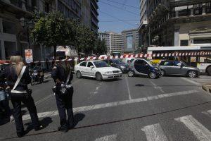 28η Οκτωβρίου: Κυκλοφοριακές ρυθμίσεις σε Αθήνα, Πειραιά για τις μαθητικές παρελάσεις