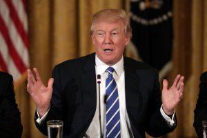 Τραμπ: Έξαλλος με τις διαρροές! «Θα εξαντλούμε την αυστηρότητά μας»!