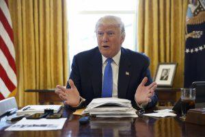 Νέο «χαστούκι» στον Τραμπ: Επ' αόριστον η αναστολή του αντιμεταναστευτικού διατάγματος