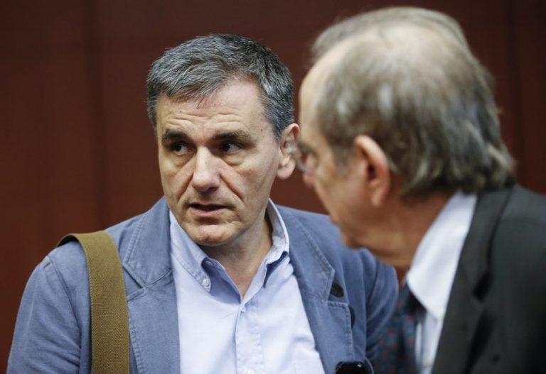 Συνάντηση Τσακαλώτου – Χουλιαράκη με Σαπέν για τη δεύτερη αξιολόγηση | Newsit.gr