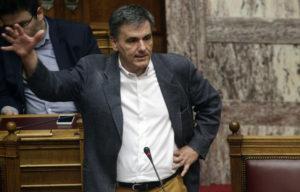 «Καρφί» Τσακαλώτου: Δεν θα υπάρξει ρήτρα αίρεσης στο νομοσχέδιο για μέτρα και αντίμετρα