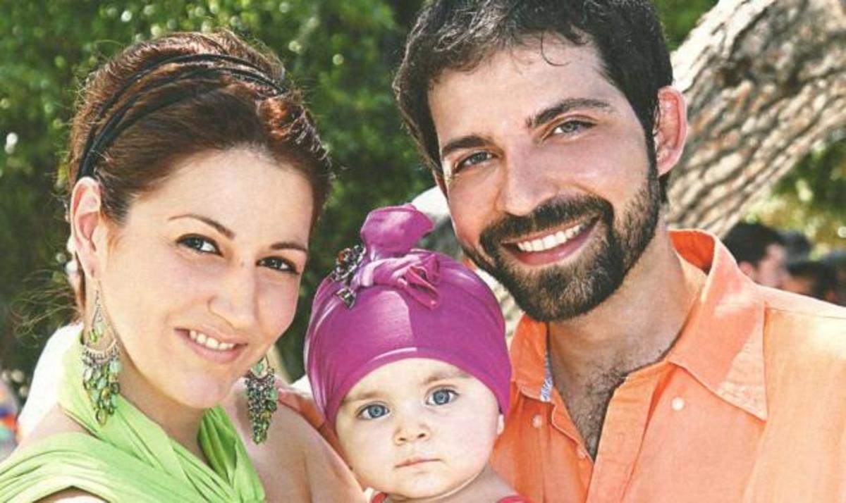 Φ. Τσακίρη – Τ. Γουσέτης: Βάφτισαν την μονάκριβη κορούλα τους! Φωτογραφίες | Newsit.gr