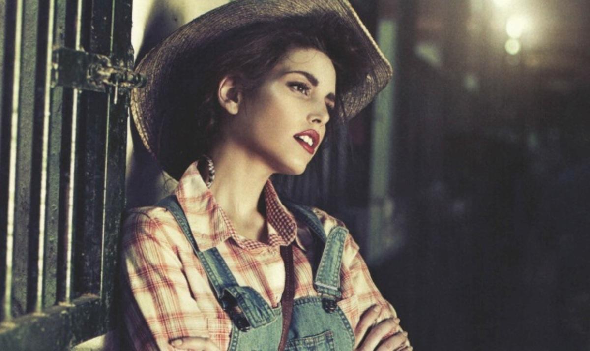 Αγνώριστη η ηθοποιός των »Βασιλιάδων» Ευγενία Τσαούση! Φωτογραφίες   Newsit.gr