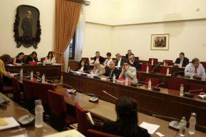 «Βόμβες» Τσατάνη στην Βουλή: Δεχόμουν παρεμβάσεις από Παπαγγελόπουλο