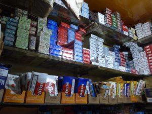 Καμπανάκι κινδύνου για τις αυξήσεις στα τσιγάρα – Κινδυνεύουν 60.000 οικογένειες