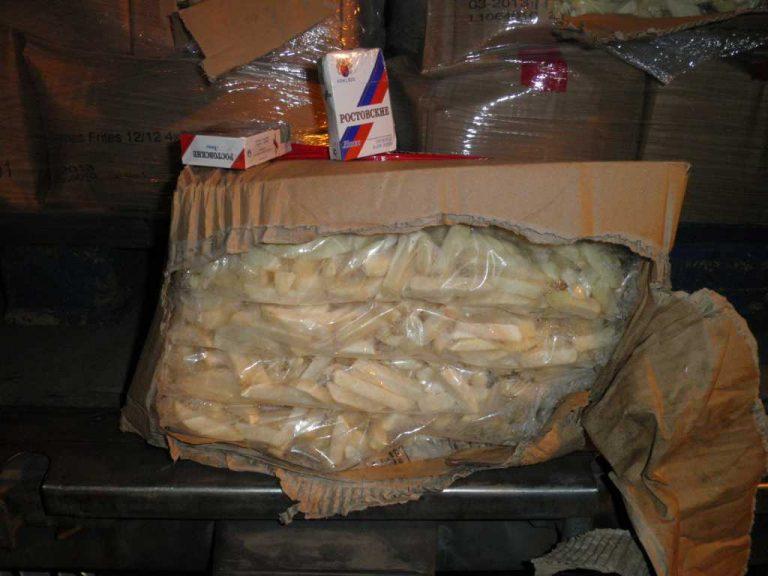 Στο ψυγείο είχε πατάτες και… λαθραία τσιγάρα! | Newsit.gr