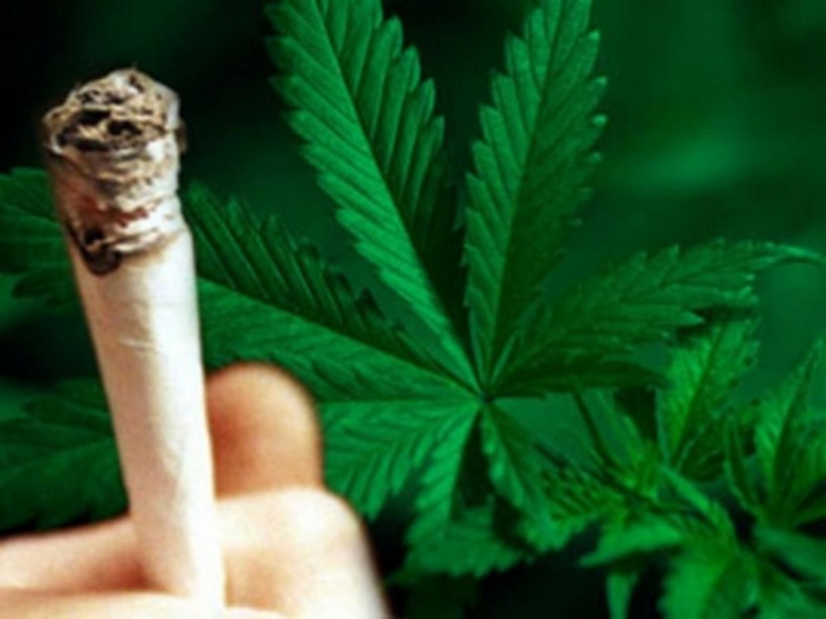 Ξεφορτώθηκαν τα ναρκωτικά αλλά τους συνέλαβαν | Newsit.gr