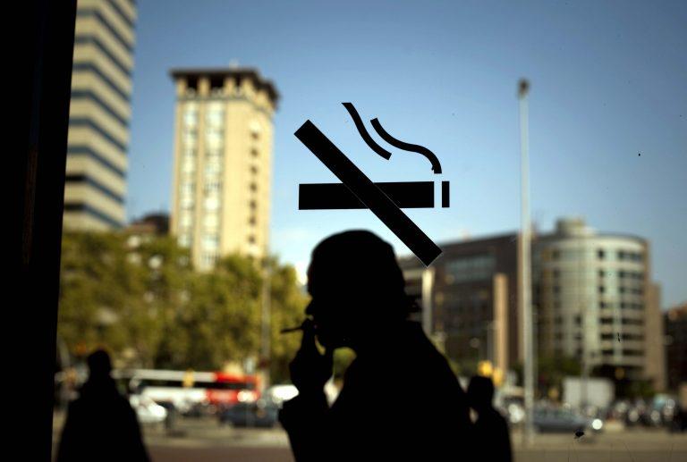 6 εκατομμύρια θα πεθάνουν μόνο φέτος από το τσιγάρο | Newsit.gr