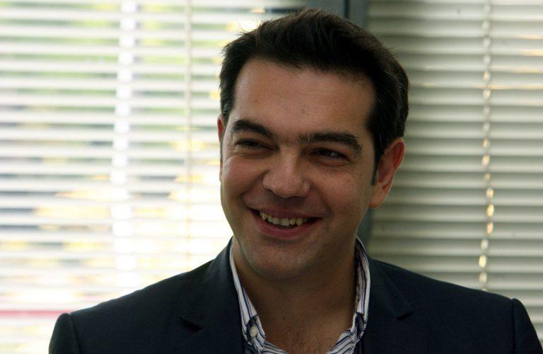 Τσίπρας: O Παπανδρέου επιβάλει στο λαό δεσμά για τα επόμενα 50 χρόνια | Newsit.gr