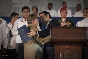 Όλα τα ισπανόφωνα μέσα μιλούν για την ομιλία Τσίπρα στις εκδηλώσεις του Φιντέλ Κάστρο