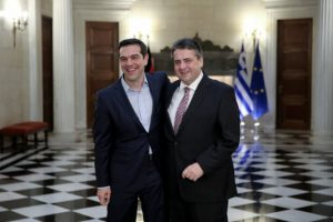 """Γκάμπριελ για ελληνικό πρόγραμμα: """"Πρέπει να γίνουν συμβιβασμοί από όλους"""""""