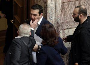 Ουρά στη Βουλή για ευχές στον εορτάζοντα Αλέξη Τσίπρα! [pics]