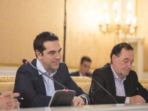 """Εκλογές: """"Ο Λαφαζάνης διέσπασε το ΣΥΡΙΖΑ"""" λένε κυβερνητικές πηγές"""