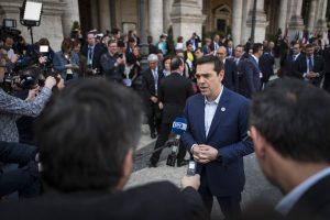Τσίπρας: Εγώ εργασιακό μεσαίωνα, δεν ψηφίζω!