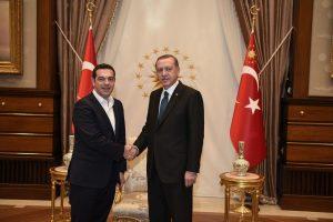 Τετ α τετ Τσίπρα – Ερντογάν μετά το μήνυμα για την… πληγή και τους Έλληνες στρατιωτικούς