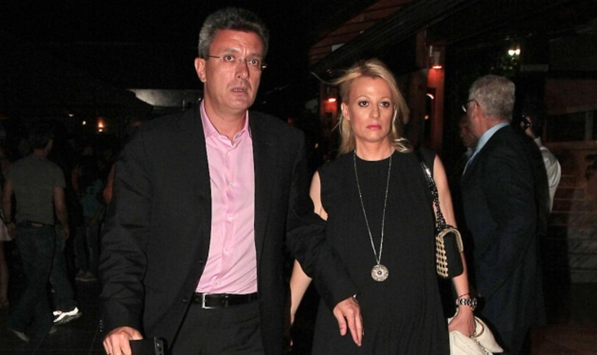 Ν. Χατζηνικολάου – Κ. Τσολακάκη: Περιμένοντας την κόρη! | Newsit.gr