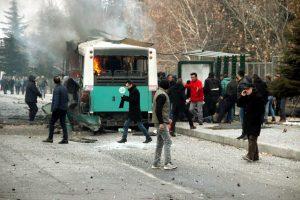 """Έκρηξη λεωφορείου στην Τουρκία! """"Πολλοί νεκροί και τραυματίες"""" – Αποκρουστικές εικόνες"""