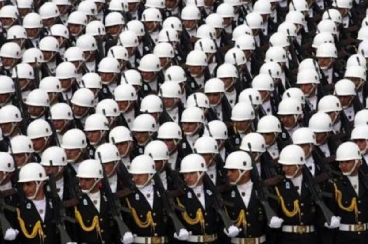 Τουρκία: Aποστρατεύθηκαν όλοι οι αξιωματικοί που εμπλέκονται στη Βαριοπούλα | Newsit.gr