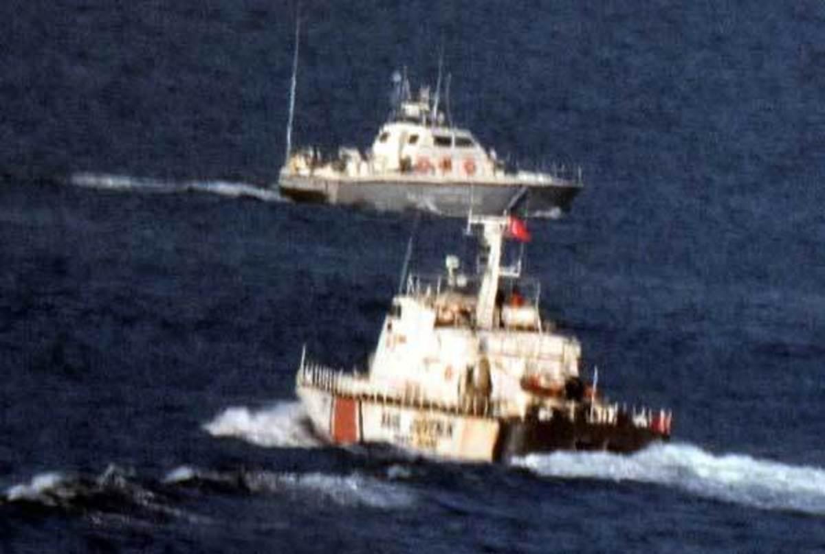 Ίμια: Οι τούρκοι εκβιάζουν θερμό επεισόδιο – Έστησαν νέο σκηνικό το πρωί με «χαλασμένο» ελληνικό σκάφος!