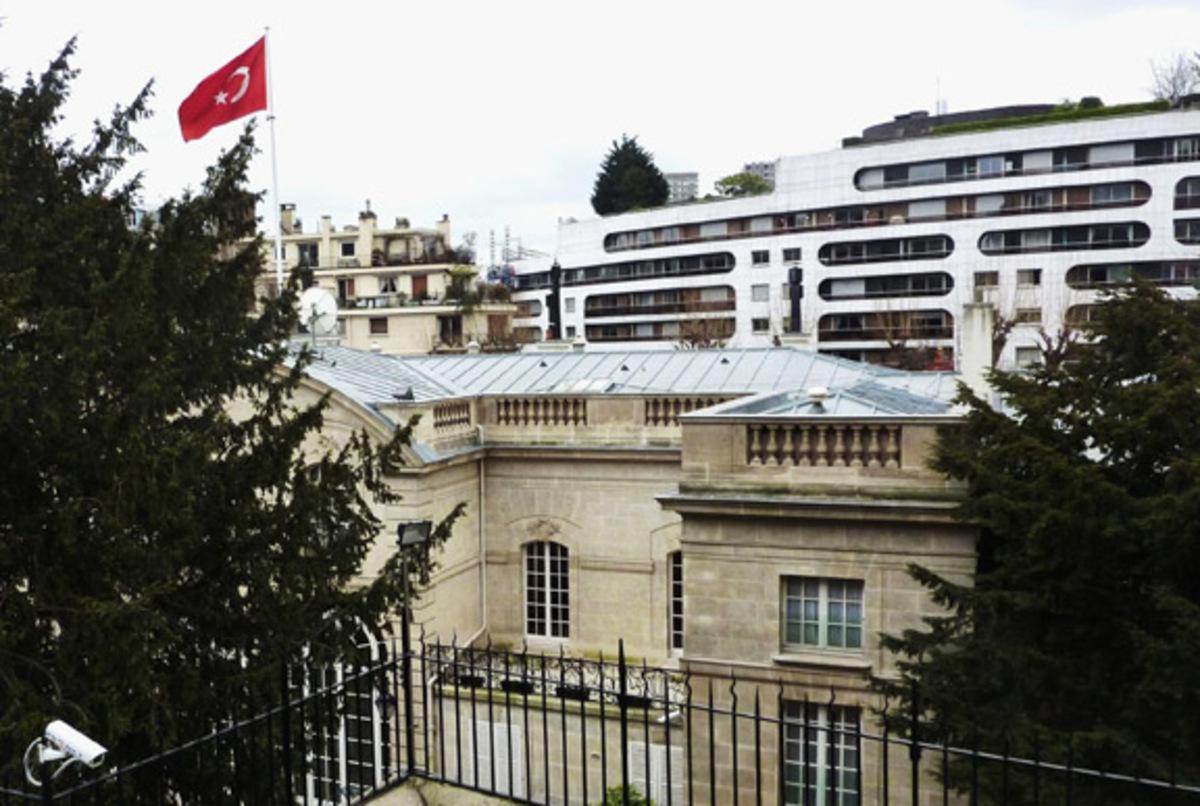 Σε συναγερμό οι τουρκικές πρεσβείες στην Ευρώπη | Newsit.gr