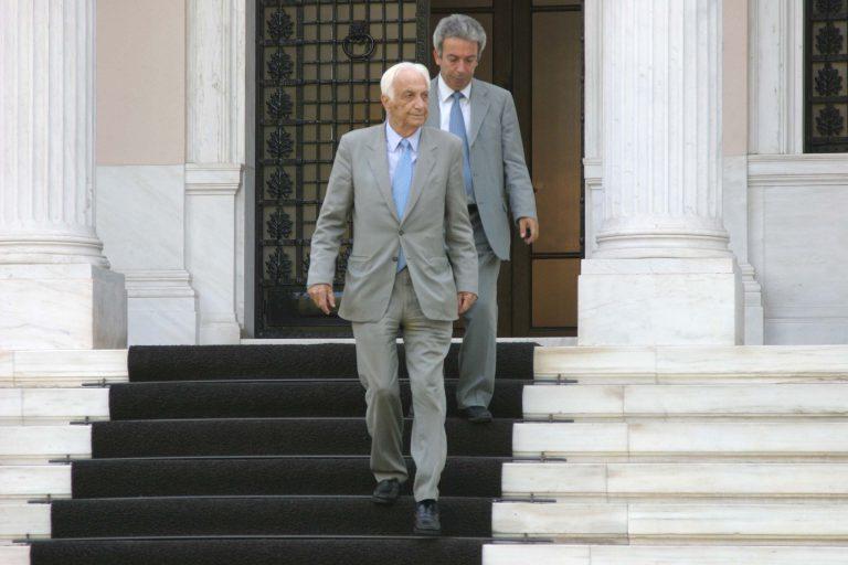 Κηδεύτηκε ο Τζανής Τζανετάκης | Newsit.gr
