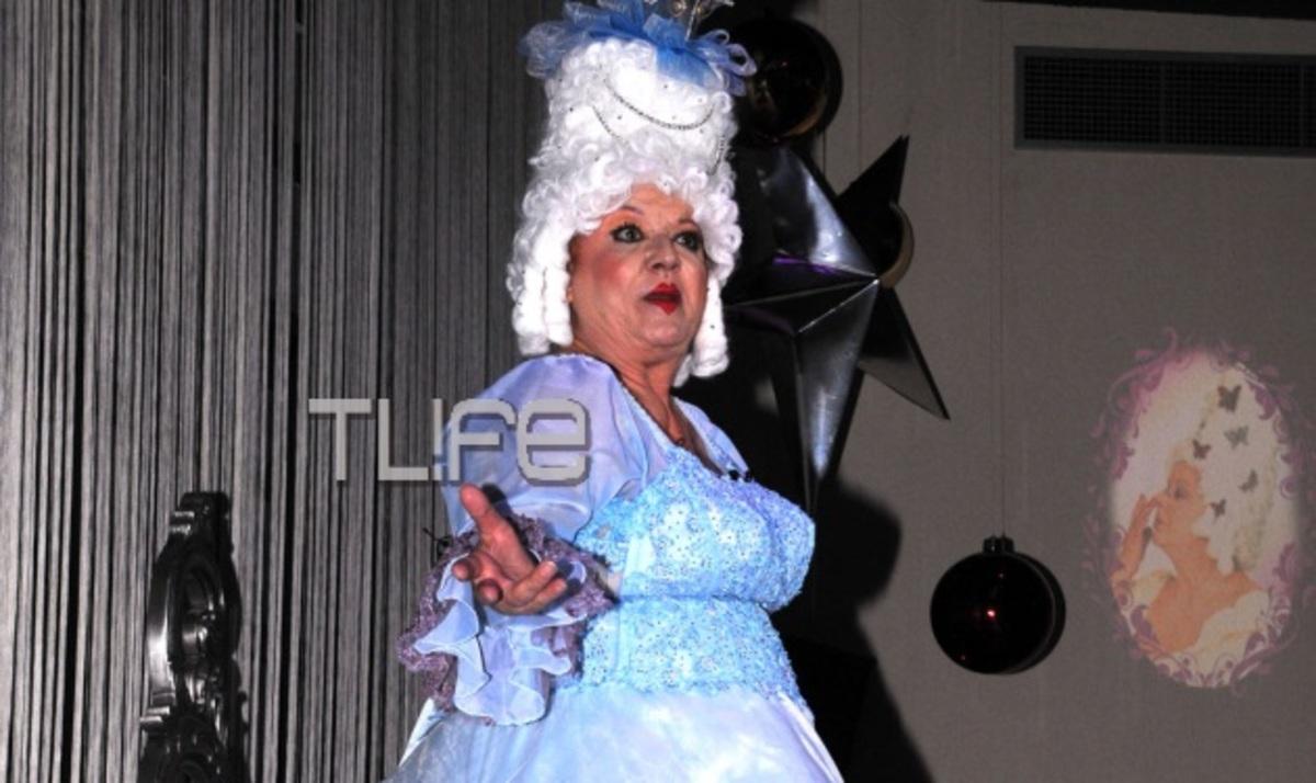 Η Τζέσυ Παπουτσή… κλέβει την παράσταση! Ποιοι διάσημοι πήγαν στην πρεμιέρα | Newsit.gr