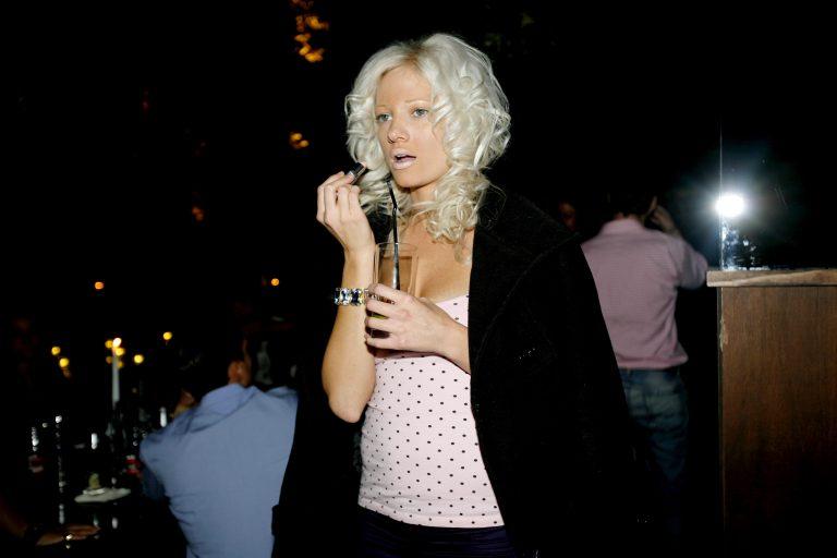 H Τζούλια ψήνεται…   Newsit.gr