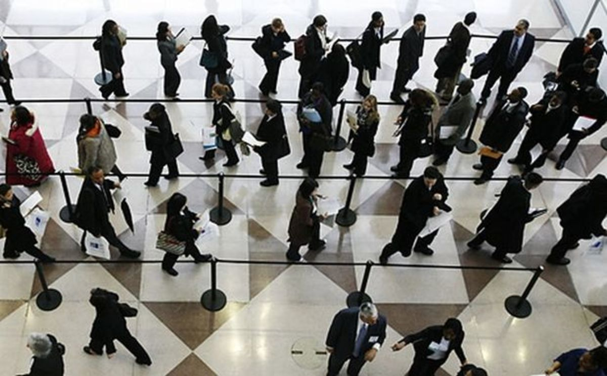 Η Ελλάδα έχει συμφωνήσει για 150.000 απολύσεις στο Δημόσιο | Newsit.gr