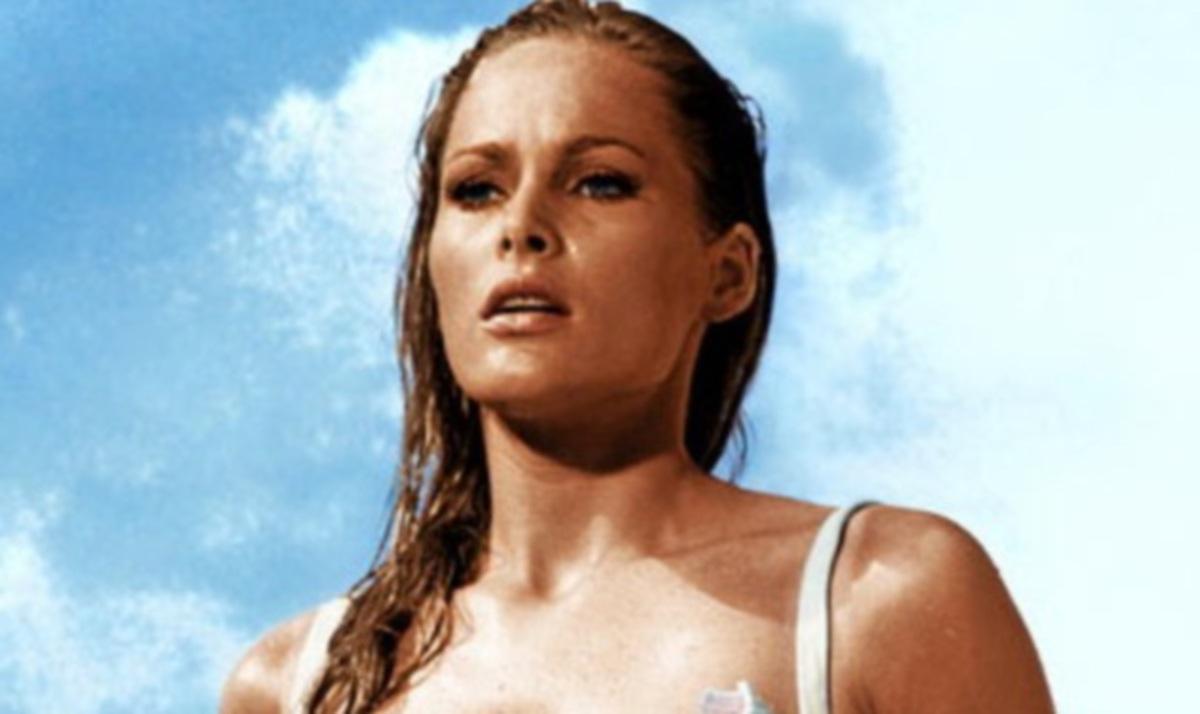 Τα πιο sexy από τα κορίτσια του James Bond! Φωτογραφίες | Newsit.gr