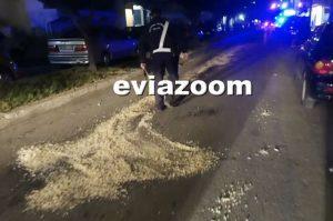 Χαλκίδα: Ατύχημα με βυτιοφόρο – Το πετρέλαιο θέρμανσης χύθηκε στο δρόμο [pics, vid]