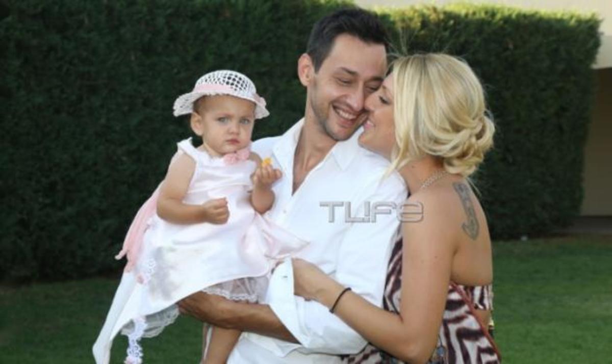 b4b1f135ca08 Π. Καλίδης – Ε. Μαρκόγλου  Βάφτισαν την κόρη τους! Φωτογραφίες ...