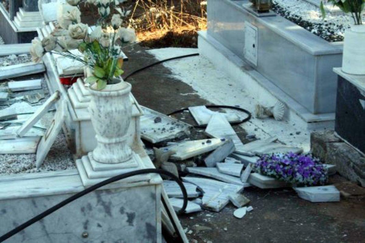 Κορινθία: Επέλαση ιερόσυλων στο νεκροταφείο Νεμέας! | Newsit.gr