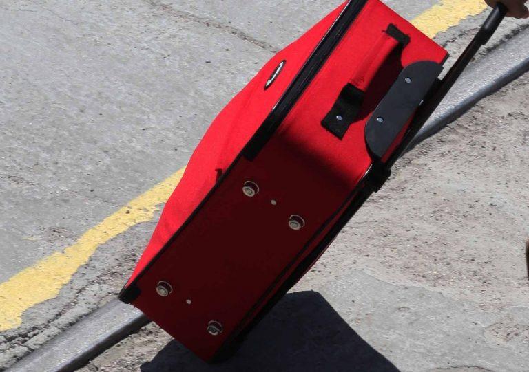 Έκλεισαν 8χρονο σε βαλίτσα και ταξίδεψε στο χώρο αποσκευών του ΚΤΕΛ!   Newsit.gr
