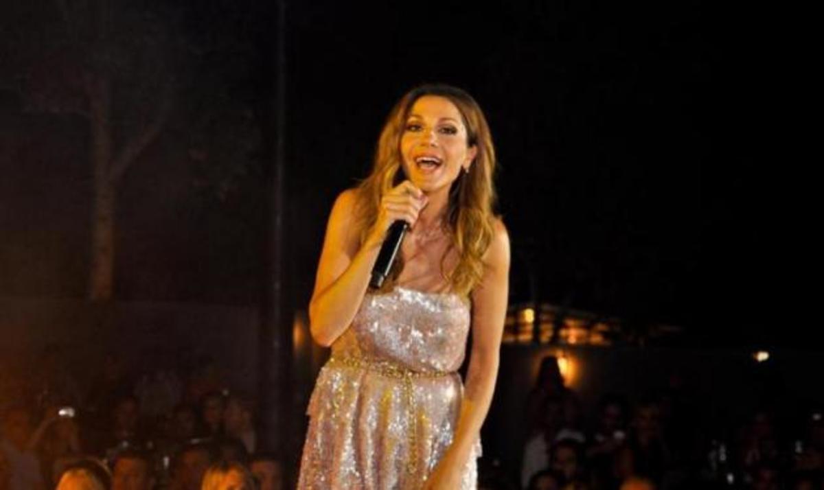 Δ. Βανδή: Αποθεώθηκε στην καλοκαιρινή συναυλία της στην Κατερίνη! Φωτογραφίες | Newsit.gr