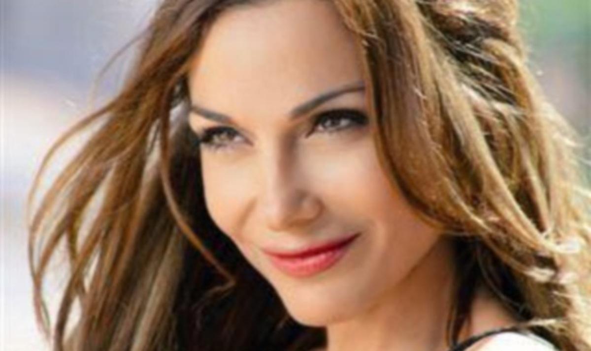Άκου το ολοκαίνουριο τραγούδι της Δέσποινας Βανδή!   Newsit.gr