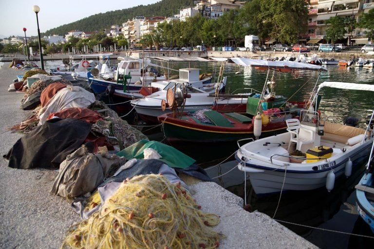 Ναύπλιο: Έκλεβαν τα καύσιμα από τις βάρκες | Newsit.gr