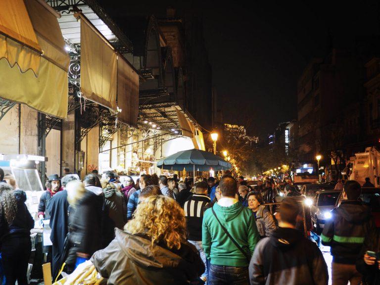 Μια βραδιά στη Βαρβάκειο αγορά! Ολονυχτία πριν την Καθαρά Δευτέρα! [pics] | Newsit.gr