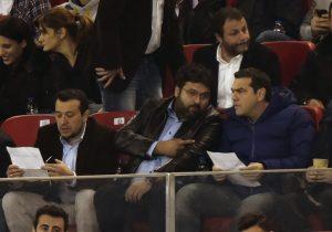 Βασιλειάδης: Υποδέχεται την Εθνική ποδοσφαίορυ 2004! Αρνήθηκαν φωτογραφία με Τσίπρα