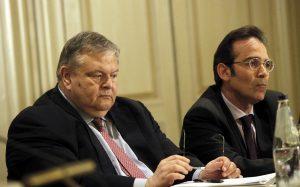 Βενιζέλος: Η κυβέρνηση δεν διαπραγματεύεται με τους εταίρους, αλλά με ΣΥΡΙΖΑ και ΑΝΕΛ