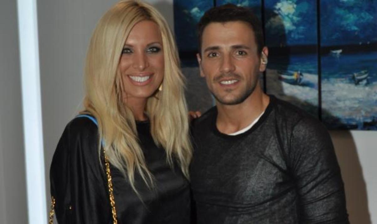 Οι celebrities διασκέδασαν με τον Νίκο Βέρτη! Δες φωτογραφίες   Newsit.gr