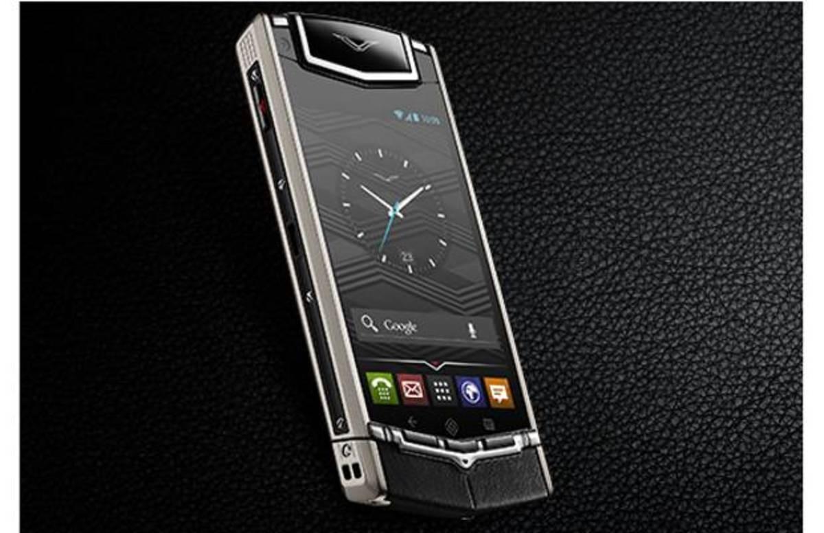 «Έξυπνο» κινητό πολυτελείας κοστίζει 6.000 δολάρια | Newsit.gr