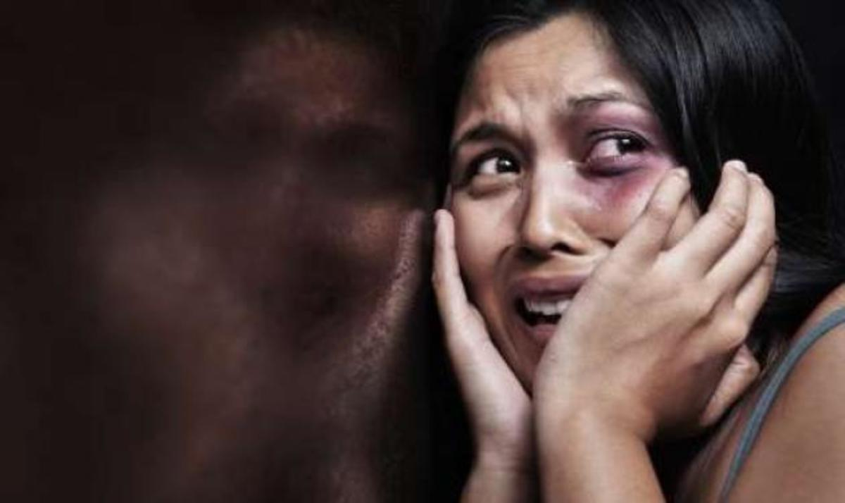Βοήθεια! 1 στις 4 γυναίκες στην Ελλάδα έχει ήδη ή πρόκειται να υποστεί βία | Newsit.gr