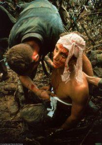 Βιετνάμ: Συγκλονιστικές φωτογραφίες και βίντεο ενός πολέμου που «σημάδεψε» τις ΗΠΑ [pics,vid]