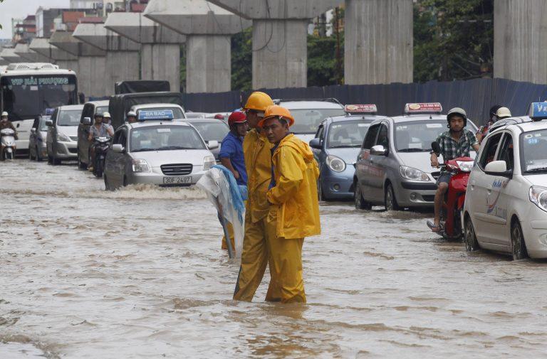 Φονικός τυφώνας στο Βιετνάμ | Newsit.gr