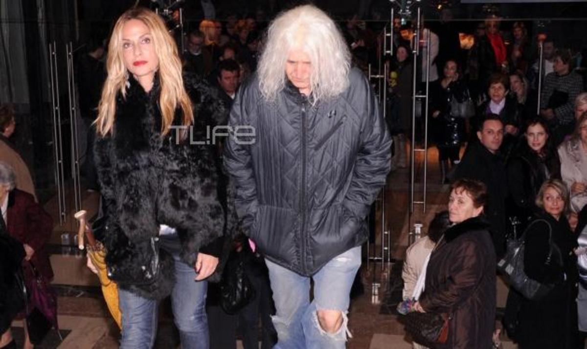 Α. Βίσση – Ν. Καρβέλας: Μαζί στο θέατρο! Φωτογραφίες | Newsit.gr