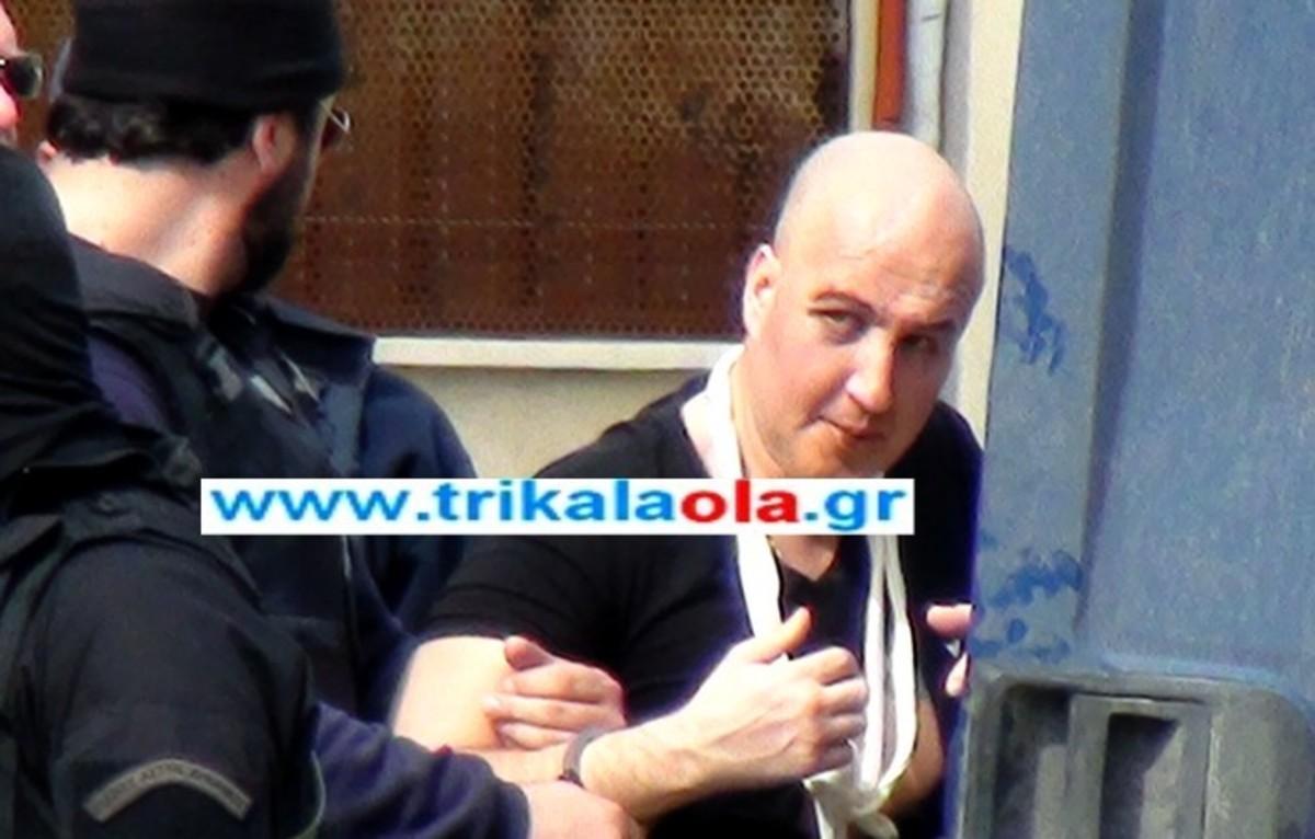 ΒΙΝΤΕΟ: Η μεταφορά του Π. Βλαστού από το νοσοκομείο στις φυλακές | Newsit.gr